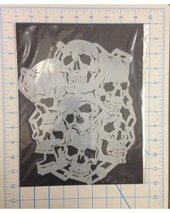 7 SKULLS WITH CHAINS